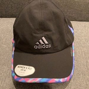 Adidas relaxed cap with multicolored detail -NWT